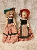2 db Vintage pislogó  babák 20 cm magas.