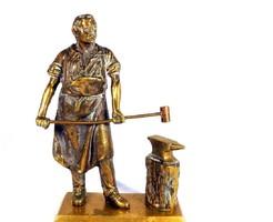 Kovács ... nagyméretű full réz patinás szobor