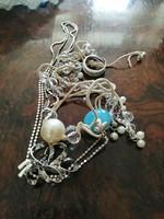 2 nyaklánc, 1 bross 1 ezüst gyűrű