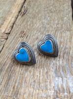 Ezüst türkiz köves szív alakú bedugós fülbevaló