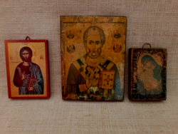 Régi  falra akasztható kis méretű ikonok hozzá egy fém szent fa talpazaton.