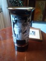 Szasz Endre porcelan vaza elado
