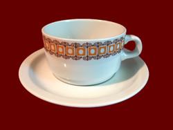 Barna mintás alföldi porcelán teás csésze, bögre, fehér tányérral