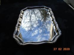 Karélyos barokk fémtálca