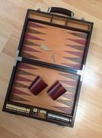 PERONI FIRENZE luxus márkájú Backgammon társasjáték bőr tartóban, fém figurákkal