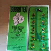 Vintage Subbuteo focicsapat.Futball játék.Játékfigura.