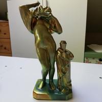 Zsolnay vetkőző akt figurális szobor eozin