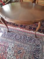 Barok dohányzóasztal 113x80x58cm magas