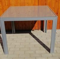 Design formatervezett  üveglapos asztal.Alkudható!
