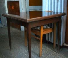 Magyar kihúzós asztal, Nappali szoba elemek, 60-as évek