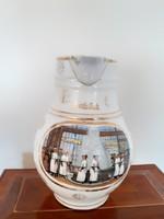Régi kancsó Karlsbad gyógyvizes porcelán kiöntő karlsbadi fürdő jelenetes emléktárgy