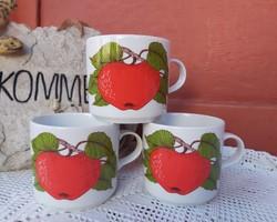 Alföld porcelán bögre Gyönyörű alma mintával , almás gyümölcsös  Gyűjtői  nosztalgia darab