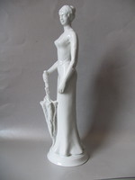 Hölgy esernyővel (41 cm), Hollóháza
