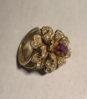Csodálatos briliáns gyémánt és rubin koktélgyűrő 14k 13gr