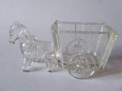 Nagyon aranyos üveg lovas fogat, ló vontatta kis kocsi-gyufatartó, fogpiszkáló tartó vagy sótartó