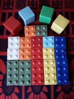 Műanyag építő kocka