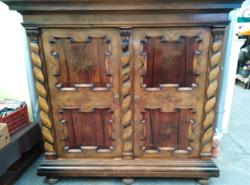 Antik Mária Terézia szekrény