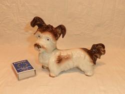 Német porcelán figura, kutya