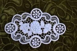 Kalocsai riselt csipke kézimunka lakástextil dekoráció kis méretű terítő 17 x 11 cm