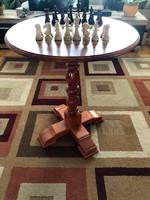 Sakkasztal, sakk asztal, sakktábla bábukkal, figurákkal