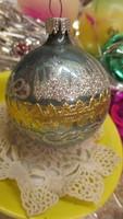 Karácsonyfadisz üveg gömb, kézzel diszitett különlegesség