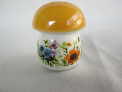 Aquincumi porcelán gomba sószóró