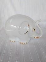 Fehér, aranyozott porcelán elefánt