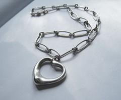 Tiffany & Co. ezüst nyakék szívvel, Elsa Peretti, Spain