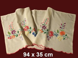 Kalocsai mintával kézzel hímzett drapéria, vitrázs függöny