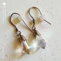 Sarki fényű kristály fülbevaló 925