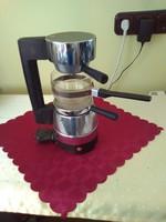 Régi szarvasi espressó kávéfőző.