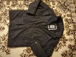 Bugatti férfi téli kabát Xl -s méretben eladó ! Újszerű !