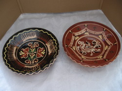Népi cserép fali tányérok madaras, kakasos és virágos Steig