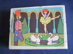 Antik mese kocka képkirakó kirakós kocka játék
