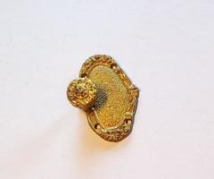 Aranyozott bronz antik bútorveret