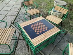 Kültéri  sakk  asztal  4 székkel