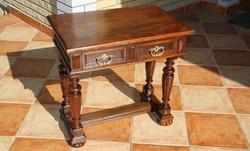 Ónémet antik konzolasztal