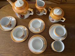 Zsolnay mitológiai  mintás porcelán teás készlet