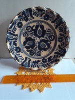 Korondi fodros szélű falitányér kék festett