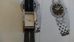 Gyönyörű, elegáns, női Timex karóra