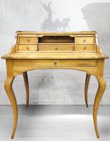 Felépítményes cseresznyefából készült neobarokk íróasztal