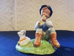 Eladó régi Izsépi furujázó pásztor fiú báránykával!
