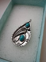 Gyönyörű  türkiz köves ezüst medál  6 gr