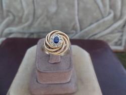 Szintetikus zafíros - gyémántos arany briós gyűrű