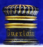 Guerlain üveg tégely