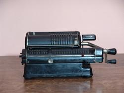 Antik százéves MELITTA tipusu  mechanikus  számolgép