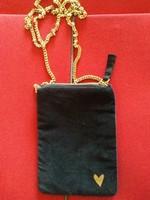 Fekete bársony táska arany szívvel és arany lánccal új cimkés elegáns