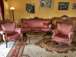 Barokk jellegű teljes ház bútorzata eladó