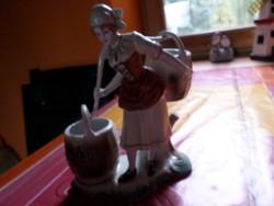 Antik porcelán