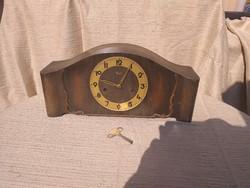 Kienzle kandalló óra